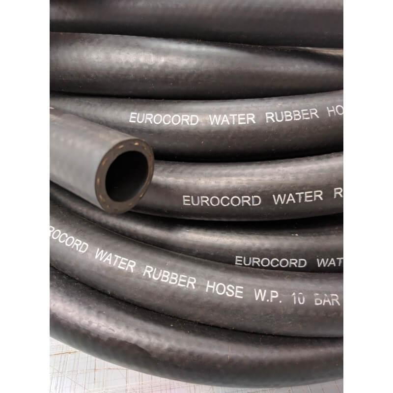 Tubo flessibile in gomma nera per passaggio aria e acqua for Materiale del tubo della linea d acqua